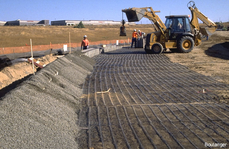 Reinforced Soil Wall – Geotechnical Photo Album