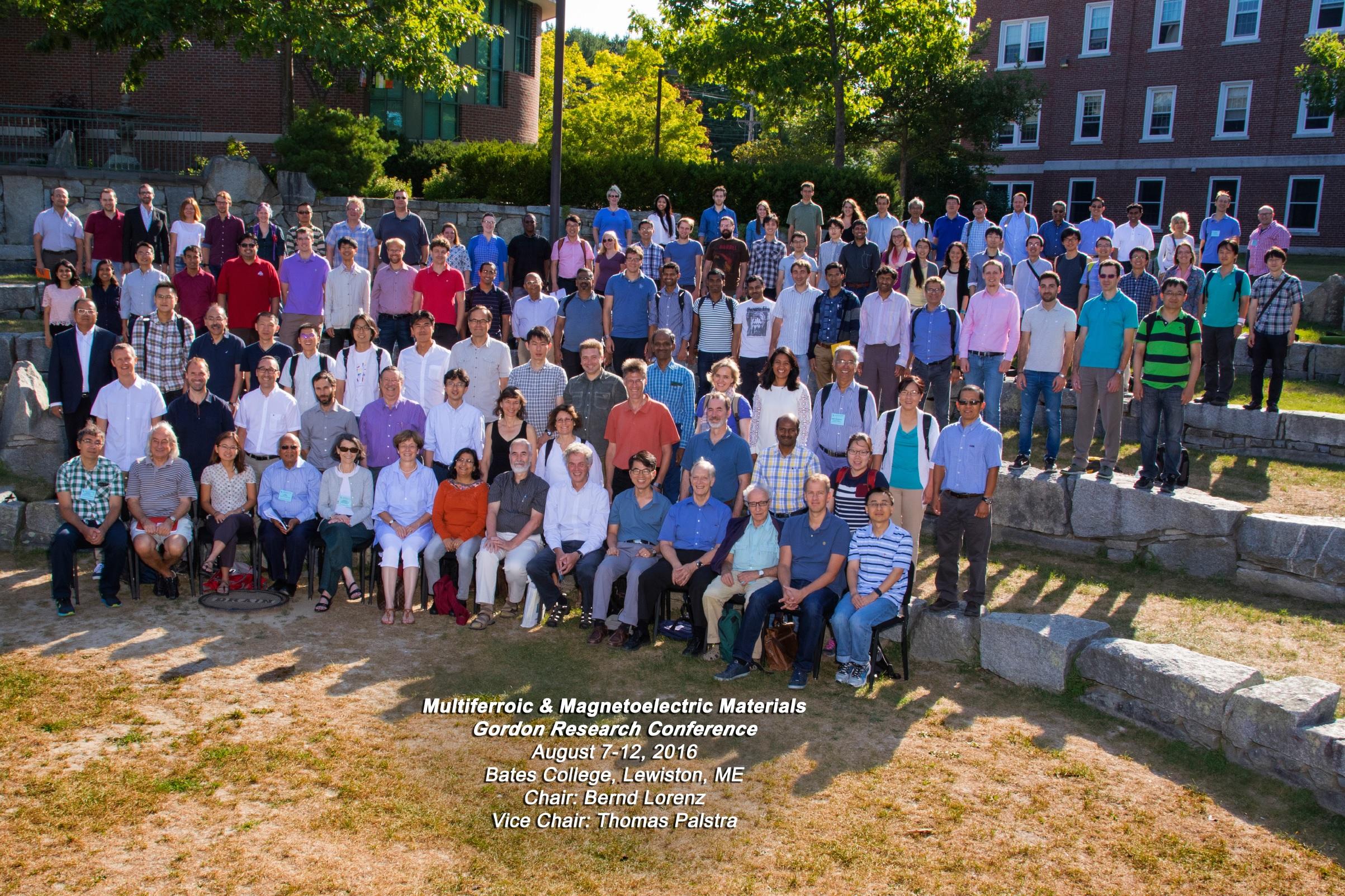 Twentieth international summer school on vacuum electron and ion - Groupphoto